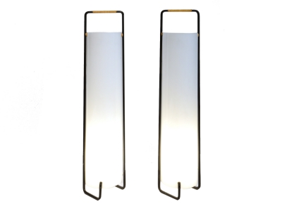 Travail Français - Pair of lamps in perspex and lacquered metal