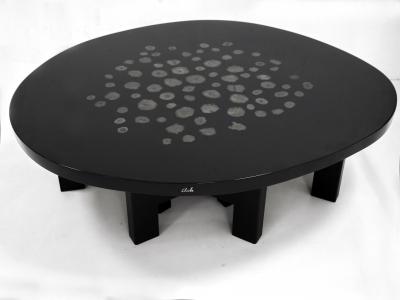 Ado Chale - Table basse en résine à incrustation de marcassite