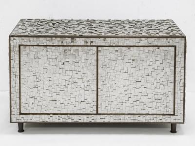 KAM TIN - Cabinet bas en Pyrite - 2017