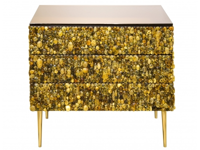 KAM TIN - Commode cabochon d'ambre
