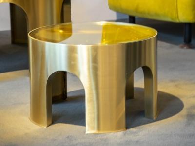 Foddis & Baisi - Small golden Colosseum table - 2021